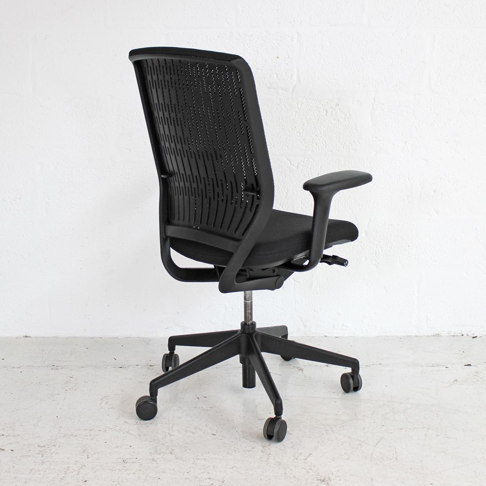 Senator Evolve Chair Black Computer Chair Mesh Back Chair